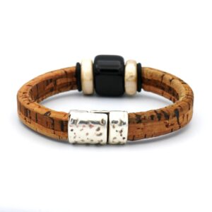 Webshop productfoto van een heren armband in de kleur bruin