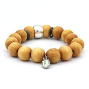Zomerse heren armband lichtbruin gekleurd en verrijkt met kleurrijke kralen geschikt voor ieder type man