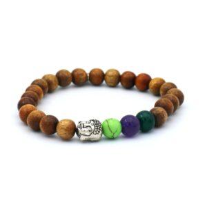 productfoto uit de webshop van een heren armband gemaakt van houten kralen met een zilveren boeddha