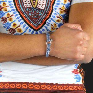 Mijn bestelling, armband Nestor, werd correct en tijdig geleverd. Uitstekende service. Ik ben zeer tevreden. Materiaal van goede kwaliteit.